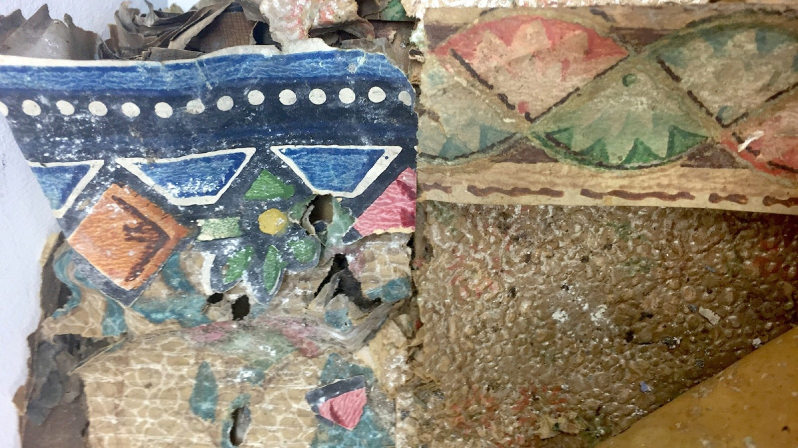 Wallpaper conservation